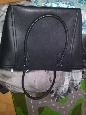 Authentic Michael kors handbag for Sale in Manchester, MO