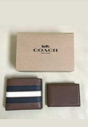 Original coach men wallet NWT and gift box for Sale in Tustin, CA