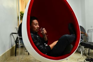 Hanging Egg Chair! for Sale in Brooklyn, NY