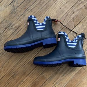 HUNTER kids Rain Boots Size 2 for Sale in South Gate, CA