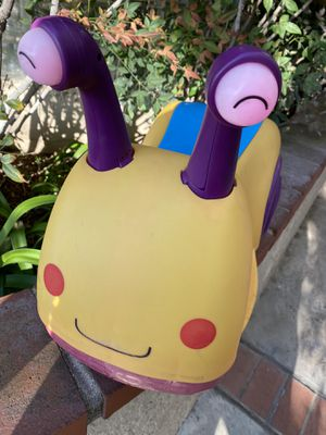 Kids B toys ride on snail with glowing eyes for Sale in Long Beach, CA