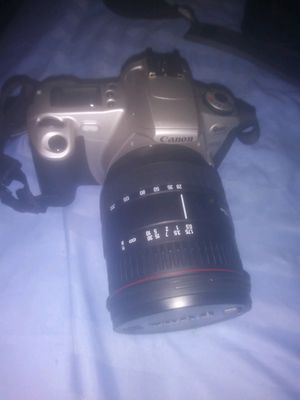 35 mm Canon film camera with Sigma lens for Sale in Tampa, FL