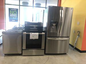 LG KITCHEN APPLIANCES SET for Sale in Jonesboro, GA