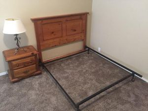 Queen headboard , frame, nightstand and lamp . Bedroom bed set . Good condition . No mattress or box included for Sale in Wylie, TX