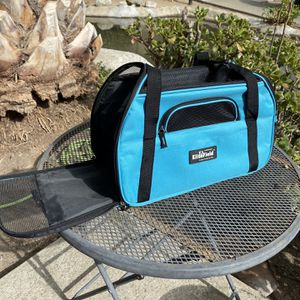 Cat Carrier for Sale in Placentia, CA