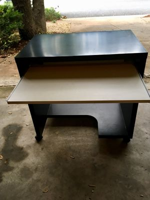 Small Black/White Desk for Sale in Austin, TX