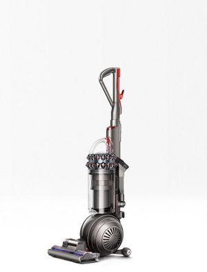 Dyson Cinetic Big Ball Animal + Allergy vacuum cleaner for Sale in Fontana, CA
