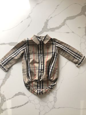 Burberry Onsie 18 Months for Sale in Schaumburg, IL