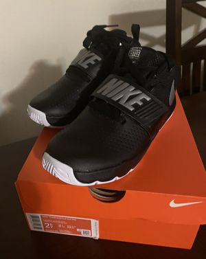 New Nike shoes for boys Size 2.5 for Sale in Chula Vista, CA