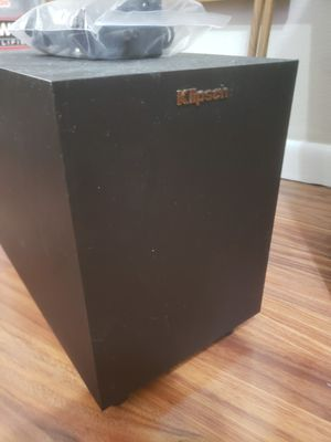 Klipsch r-4b sub for Sale in St. Petersburg, FL