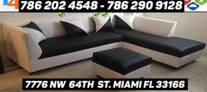 Furniture sectional couch for Sale in Doral, FL