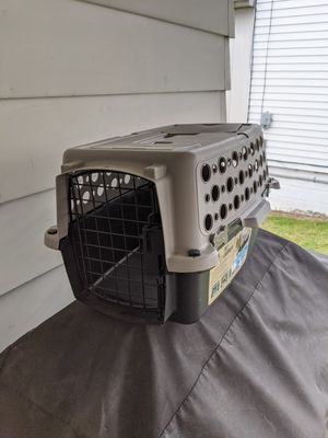 Small pet transportation crate for Sale in Danville, PA