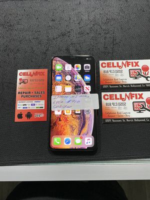 iPhone XS Max 64gb gold unlocked t-mobile metro pcs cricket AT&T for Sale in Los Angeles, CA