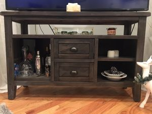 TV Stand / Console Table for Sale in Chicago, IL