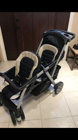 Chicco double stroller with both canopies for Sale in Arnold, MO