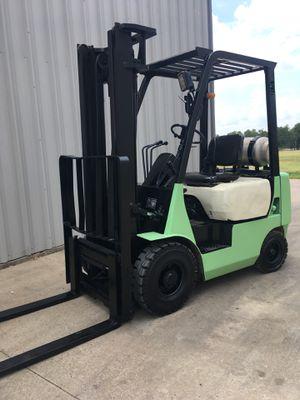 Forklift Mitsubishi 3000 lbs for Sale in Dallas, TX