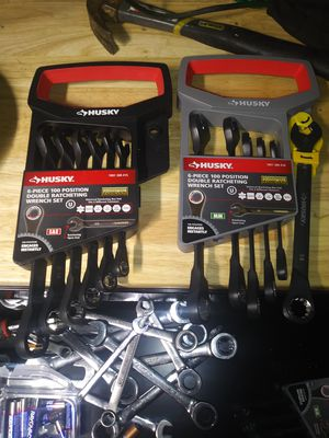 Husky double ratcheting wrench set for Sale in St. Louis, MO