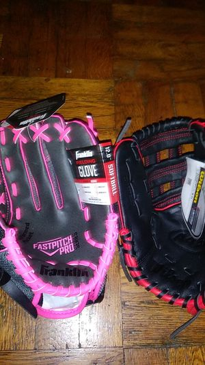 Brand new softball and baseball glove youth size for Sale in New York, NY