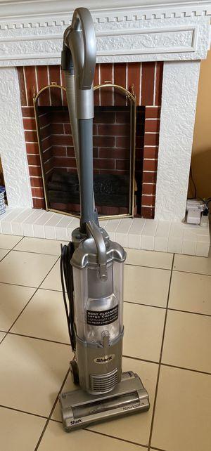Shark Navigator NV100 Vacuum for Sale in Hialeah, FL