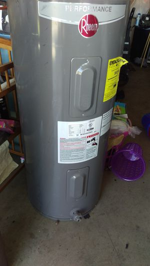 Water heater for Sale in Dinuba, CA