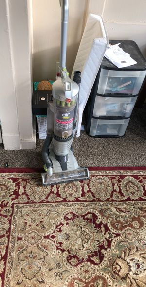 Hoover vacuum for Sale in Ambridge, PA