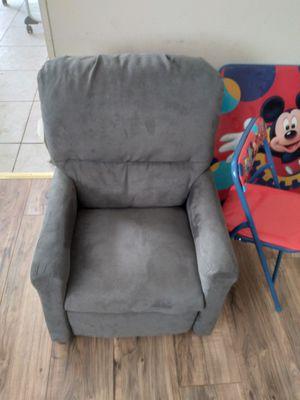Kids chair for Sale in Auburndale, FL