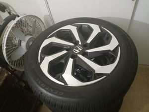 "17"" Honda rims and tires for Sale in Hartford, CT"