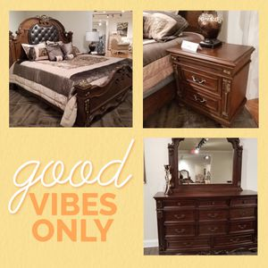 Solid wood bedroom set $1999 $1 down no credit check financing for Sale in Massapequa, NY