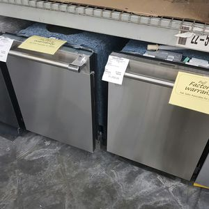 NEW VIKING Stainless Dishwasher FACTORY WARRANTY for Sale in Hacienda Heights, CA