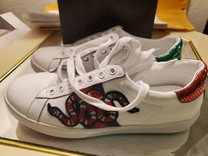 Gucci shoes size 41 Or 8 for Sale in Orlando, FL