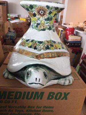 Antique Ceramic Stand for Sale in Chicago, IL