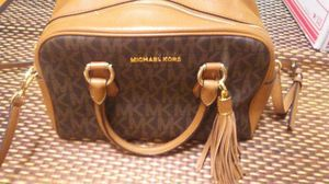 Beautiful new M.Kors bag from Michael Kors store...no outlet for Sale in Pittsburgh, PA