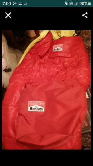 2 Sleeping bags 1 with cover for Sale in San Antonio, TX