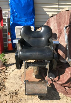 Brelian salon equipment chair for Sale in Manvel, TX