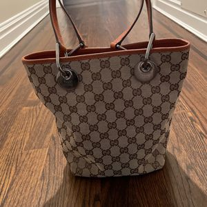 Gucci Bucket Bag for Sale in Roslyn Heights, NY