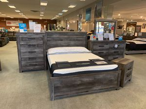 Hot Deal 🔥Rustic 4 Piece Queen Bedroom Set by Ashley includes Queen Frame, Nightstand, Dresser and Mirror for Sale in Mesa, AZ