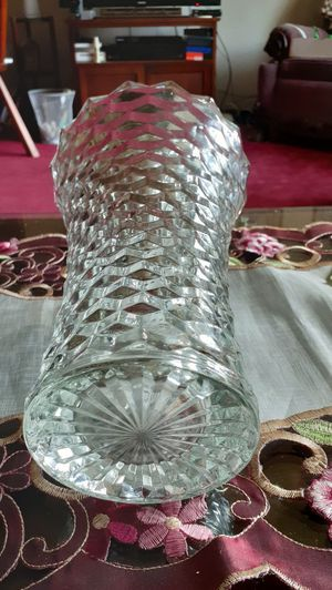 Vintage Fostoria vase. 12 in. Tall. for Sale in Kingsley, PA