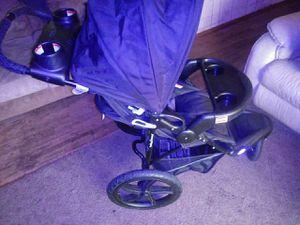 Baby Trend range LX three-wheel jogging stroller/ stroller for Sale in Federal Way, WA