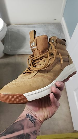 Ultra range HI DI Van's, size - 10 for Sale in Knoxville, TN