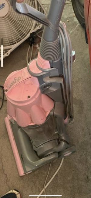 Dyson vacuum rear pink for Sale in Peoria, AZ