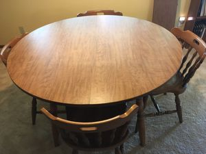 Dining room table and 6 chairs for Sale in Lexington, KY