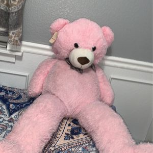 Light Pink 46 In Gaint Teddy Bear ! for Sale in Sacramento, CA