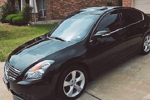 Automatic 2008 Nissan Altima Wheelsss - Clear Sedan for Sale in Baltimore, MD
