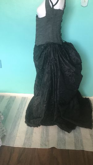 Reproduction Victorian skirt for Sale in Holiday, FL