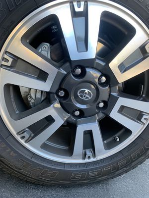 """20"""" Toyota Tundra wheels an tires TRD with sensors for Sale in Orange, CA"""