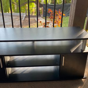 Free TV Stand for Sale in Orange, CA
