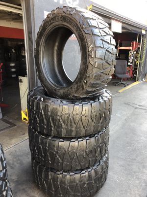 37/13.50R22 Nitto Mud Grappler tires (4 for $500) for Sale in Whittier, CA