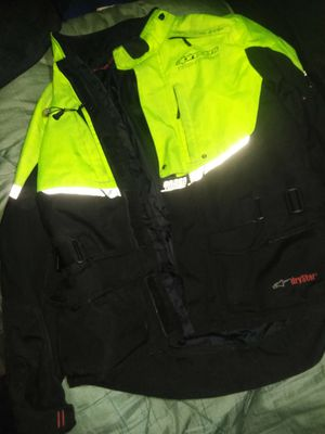 Jacket w/ built-in elbow pads for Sale in Des Moines, WA
