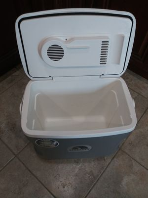 Igloo Cooler for Sale in Rancho Cucamonga, CA