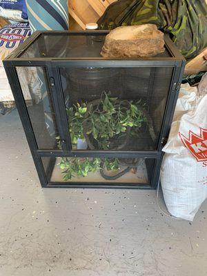 Chameleon/Reptile Enclosure for Sale in Soledad, CA